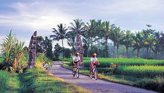 Mandalay Biking Tour 1